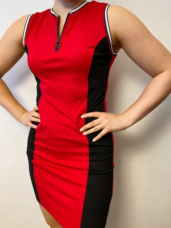 Damers kjoler - FB SISTER photo 1