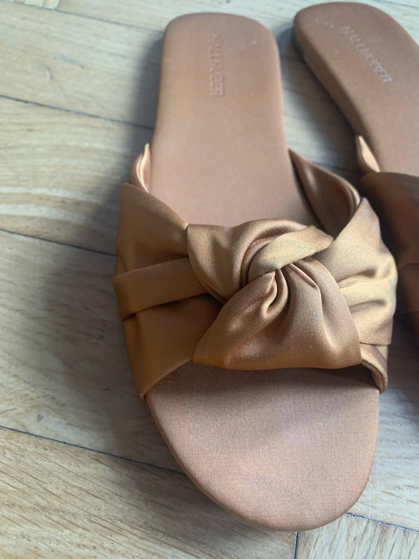Women's sandals & slippers - HALLHUBER photo 2