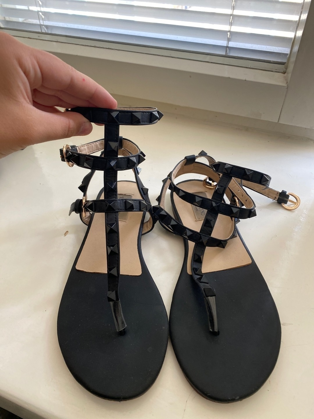 Women's sandals & slippers - - photo 1