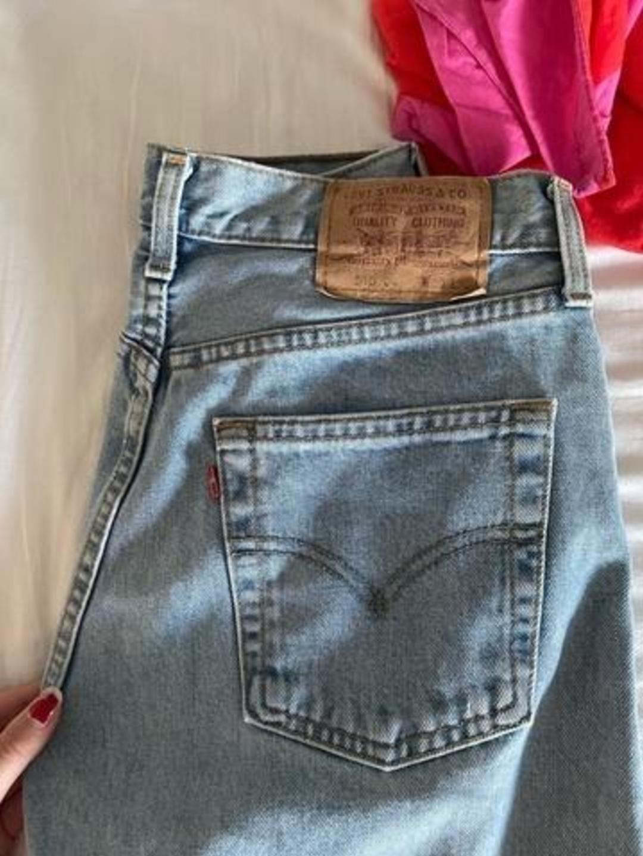 Women's trousers & jeans - LEVIS' photo 3