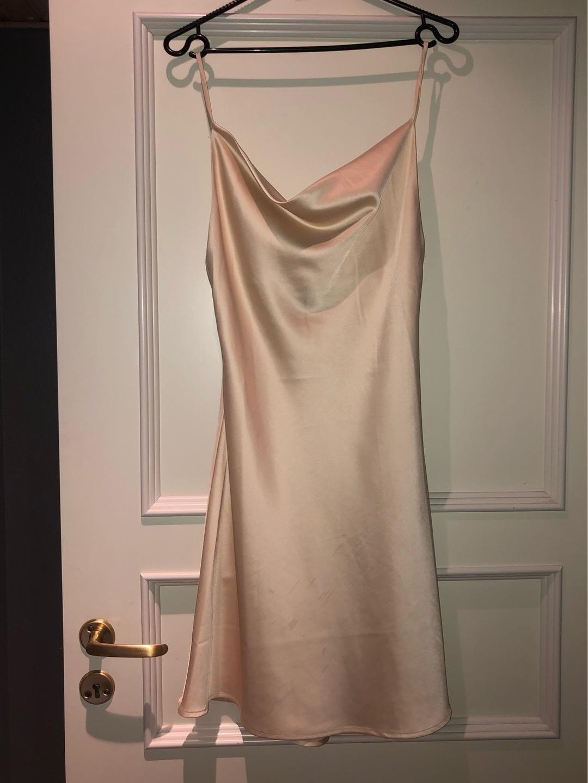 Women's dresses - MKAE photo 1