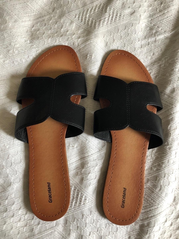 Women's sandals & slippers - GRACELAND photo 1