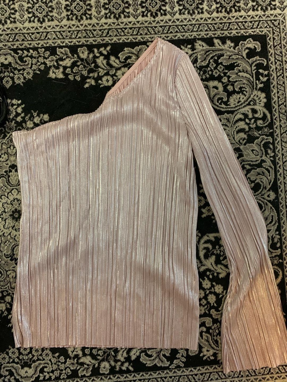 Damen blusen & t-shirts - GINA TRICOT photo 2