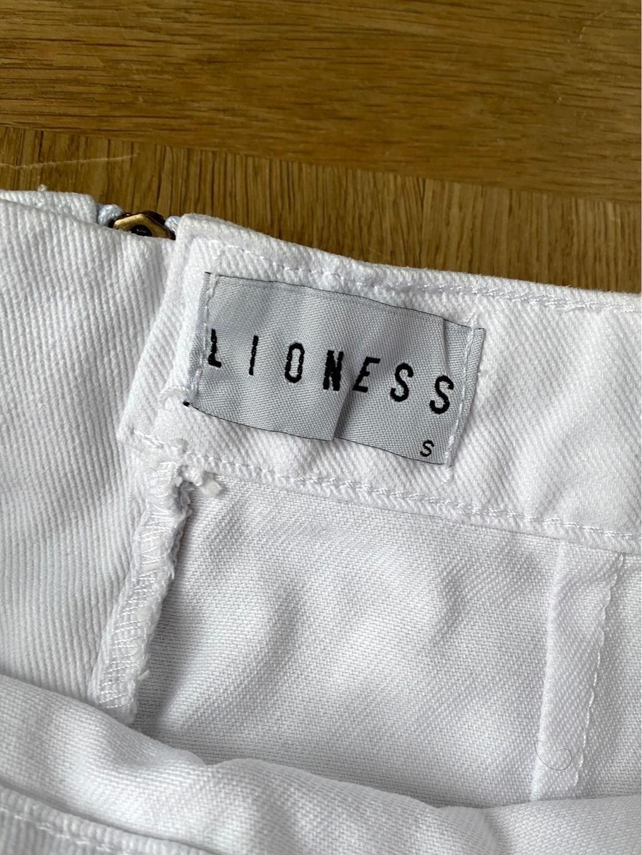 Women's skirts - LIONESS photo 4