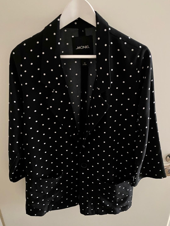 Damers frakker og jakker - MONKI photo 1