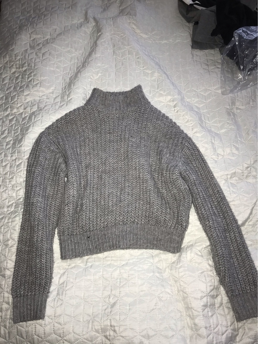 Women's jumpers & cardigans - DIVIDCD BY HM photo 1