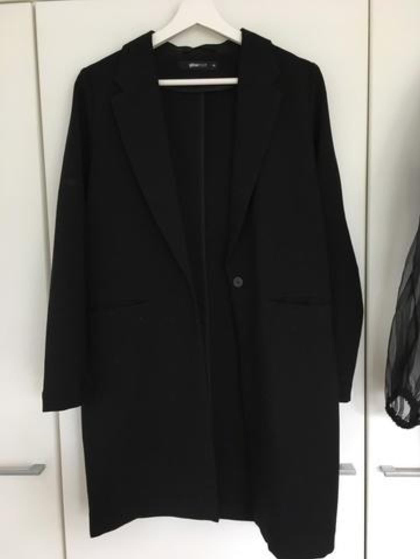 Women's blazers & suits - GINA TRICOT photo 1
