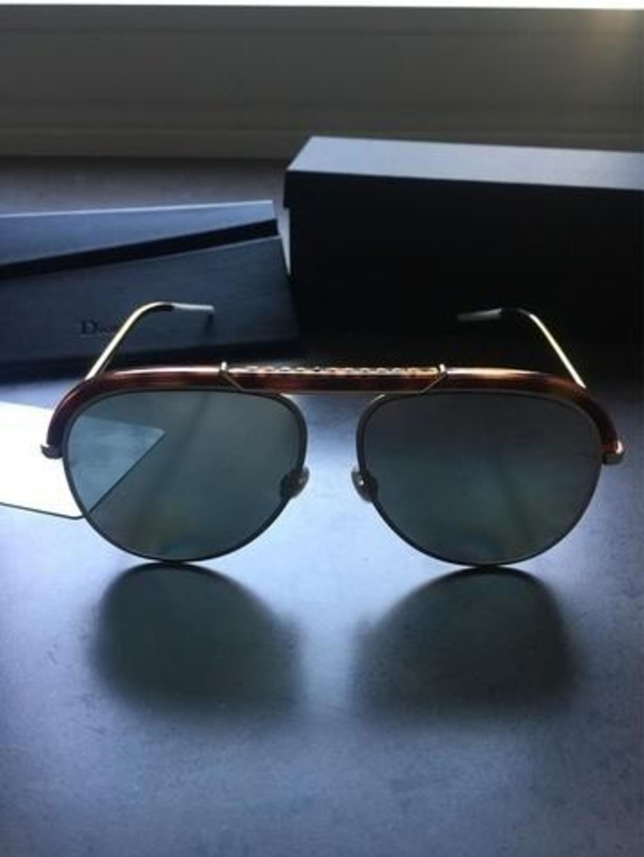 Women's sunglasses - DIOR photo 1