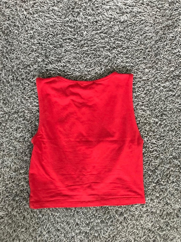 Women's tops & t-shirts - STRADIVARIUS photo 2