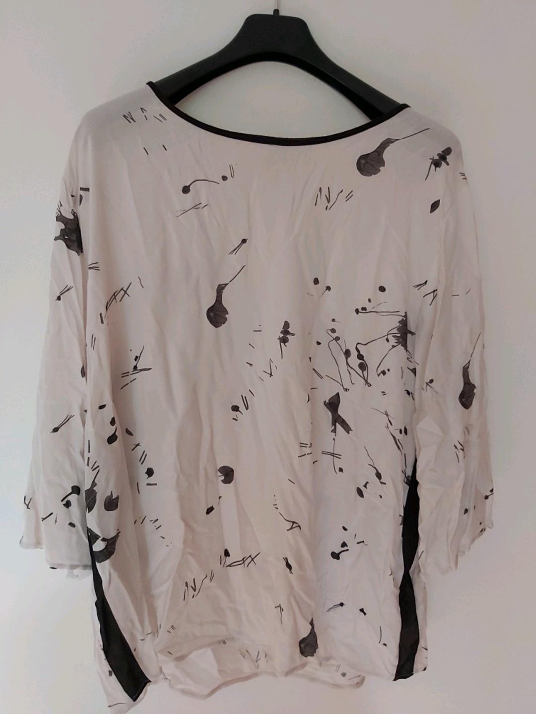 Damen blusen & t-shirts - VIA APPIA GR 48 photo 1
