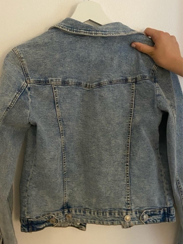 Women's coats & jackets - STRADIVARIUS photo 2