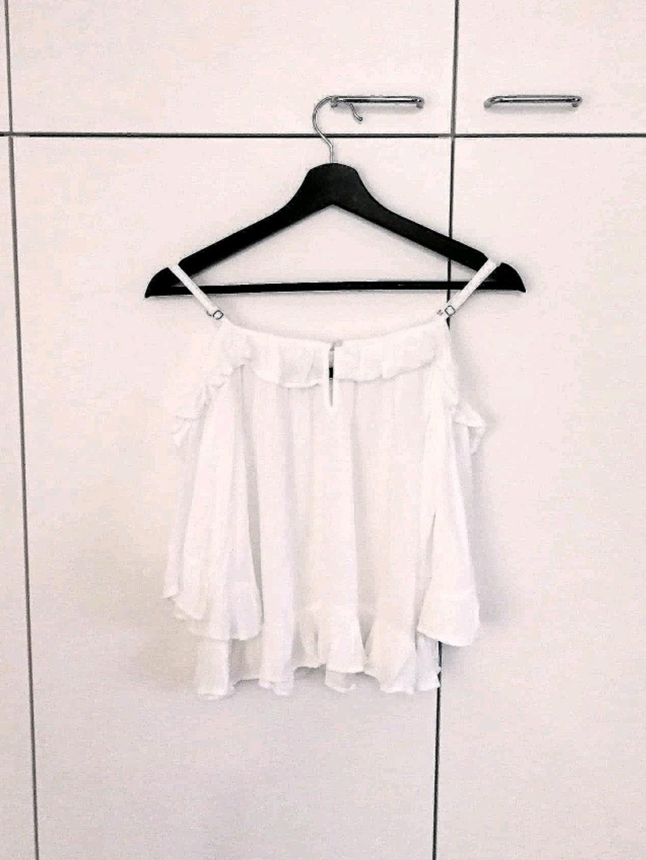 Damers bluser og skjorter - BIK BOK photo 1