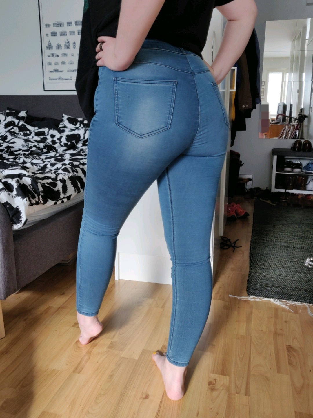 Women's trousers & jeans - FITJEANS photo 1