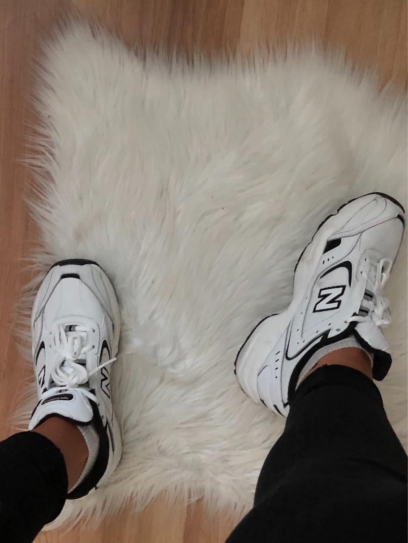 Women's sneakers - NEW BALANCE photo 2