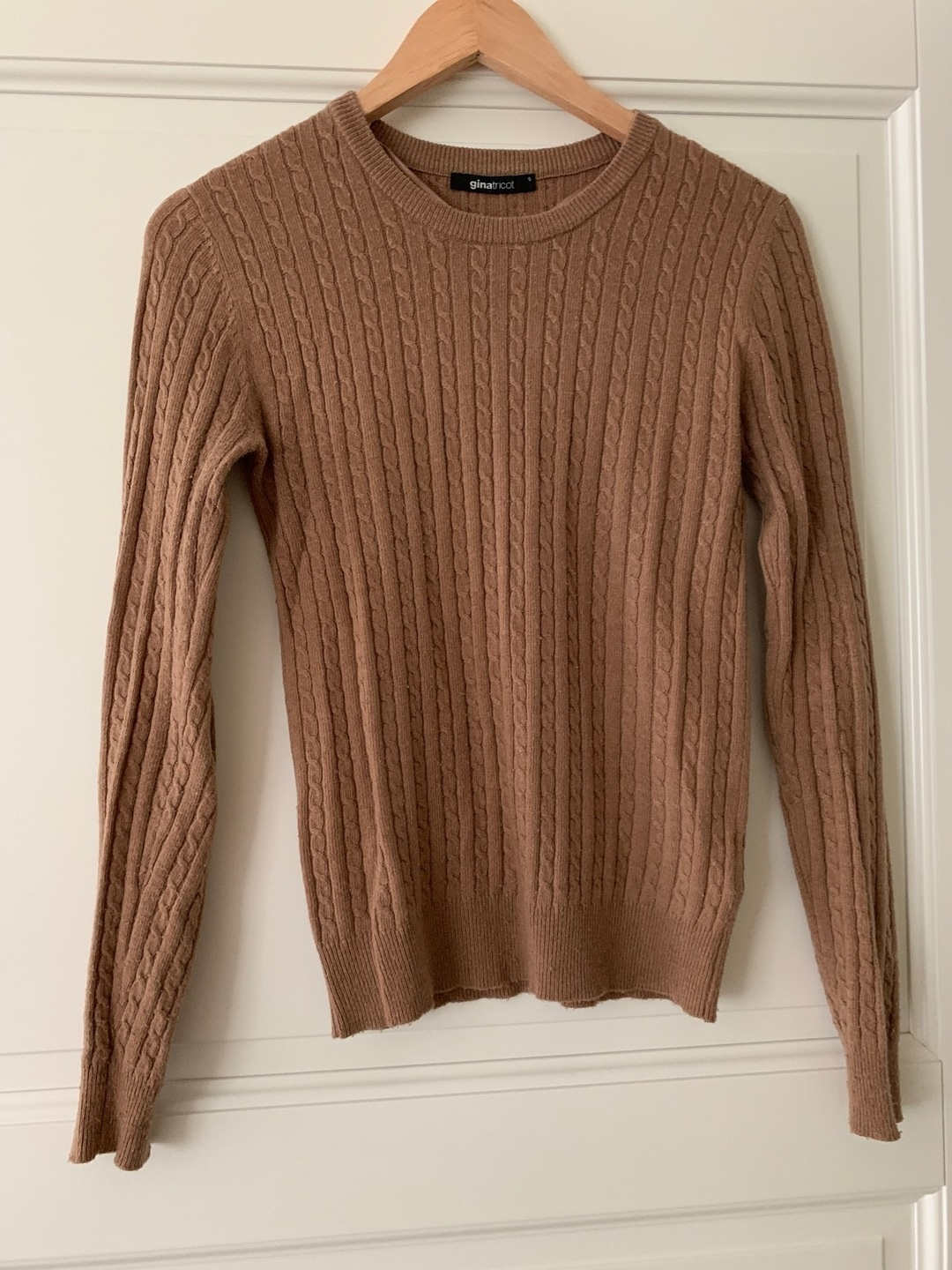 Women's jumpers & cardigans - GINA TRICOT photo 1