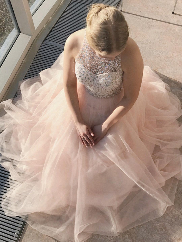 Women's dresses - MECCO photo 3