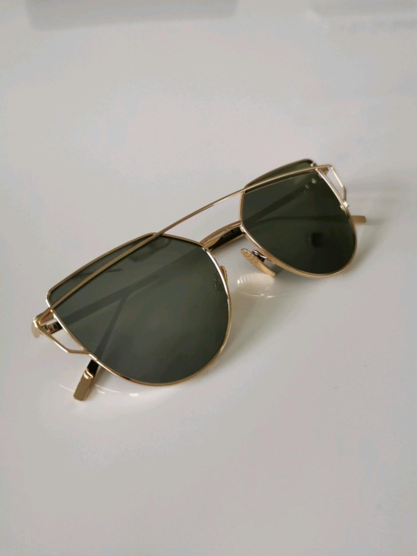 Damers solbriller - 77THFLEA photo 1