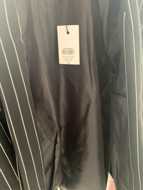 Damen blazer & anzüge - VERO MODA photo 3