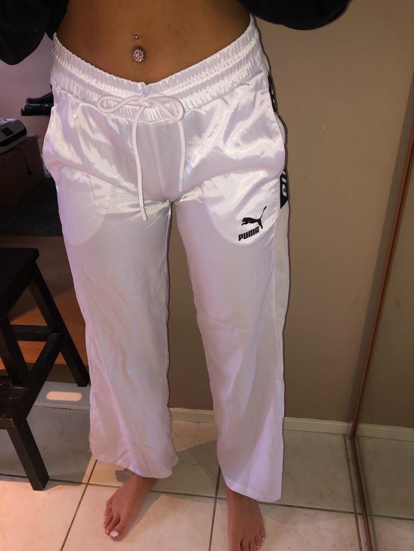 Women's trousers & jeans - PUMA photo 2