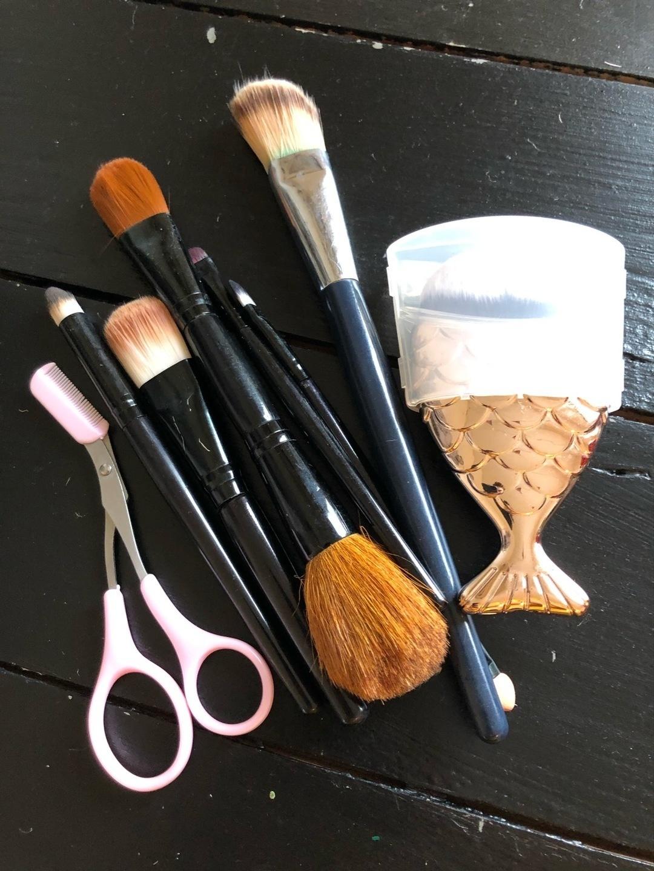 Women's cosmetics & beauty - NILENS JORD photo 1