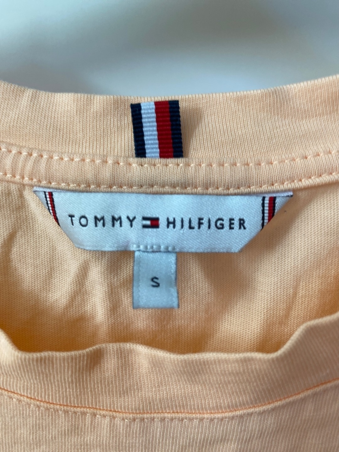 Women's tops & t-shirts - TOMMY HILFIGER photo 3