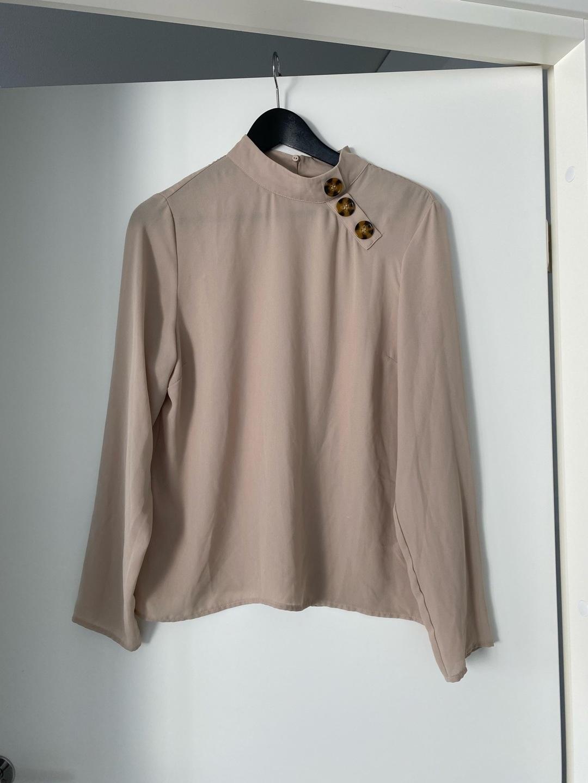 Naiset puserot & paidat - GINA TRICOT photo 1