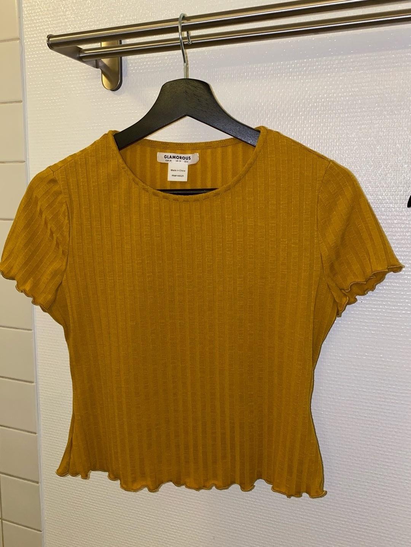Damen tops & t-shirts - GLAMOROUS photo 1