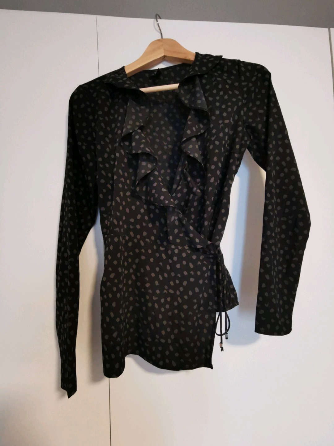 Women's blouses & shirts - VERO MODA photo 1