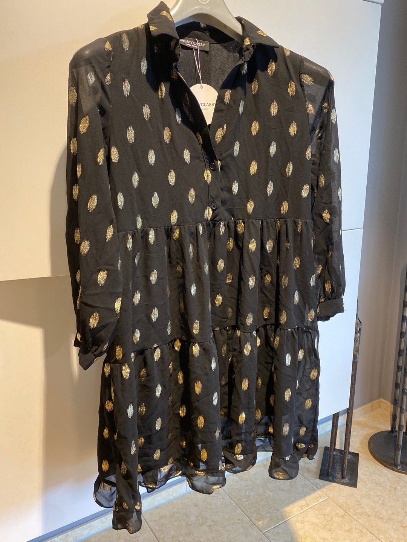Women's dresses - SASSY CLASSY photo 1