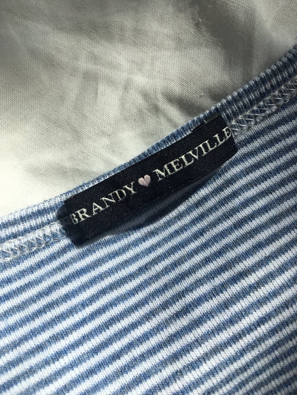 Damen tops & t-shirts - BRANDY MELVILLE photo 4