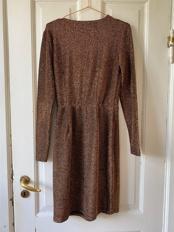 Damen kleider - MBYM photo 2