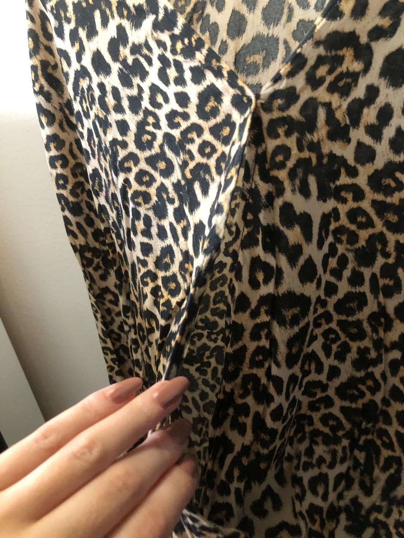 Damen blusen & t-shirts - BERSHKA photo 2