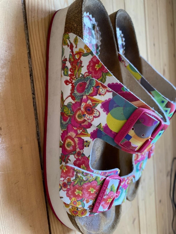 Women's sandals & slippers - DESIGUAL photo 2