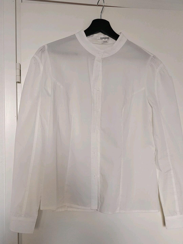 Damen blusen & t-shirts - GLAMOROUS photo 2