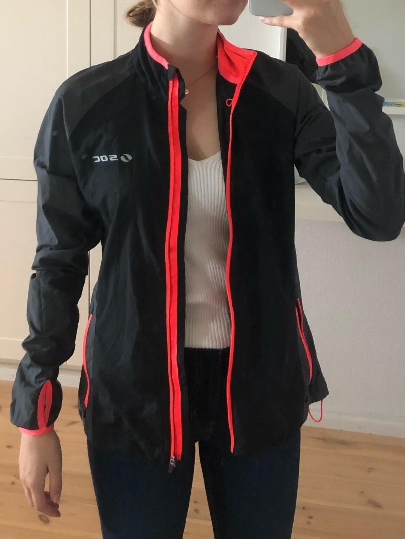 Women's sportswear - SOC photo 1