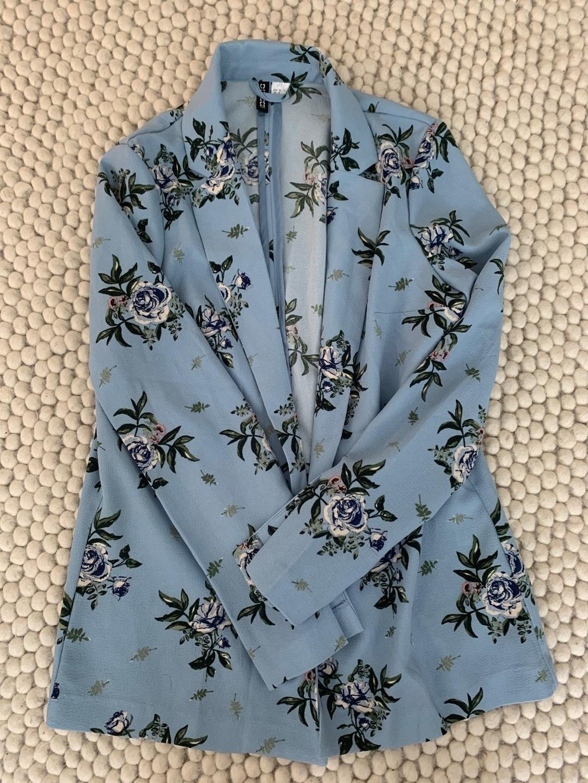 Women's blazers & suits - H&M photo 1