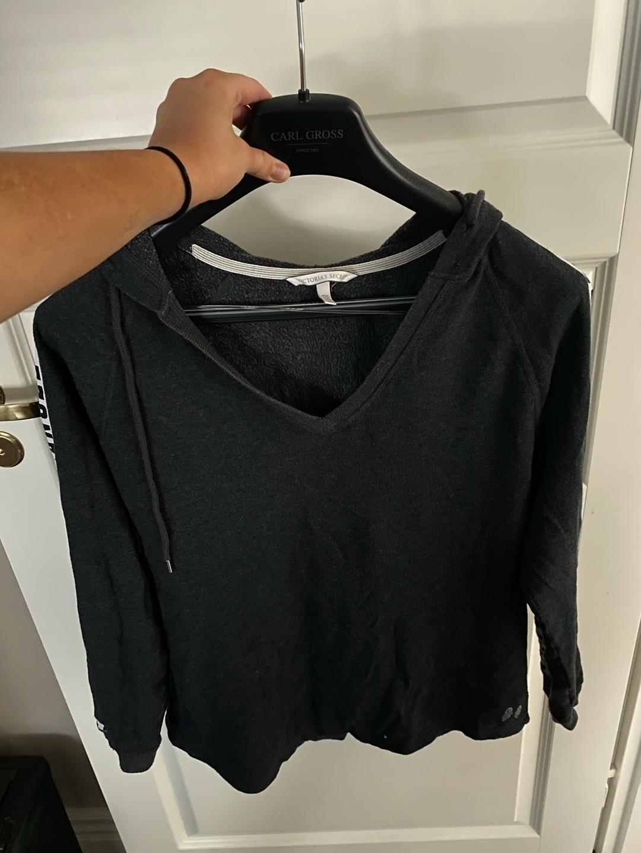 Women's hoodies & sweatshirts - VICTORIA'S SECRET photo 1