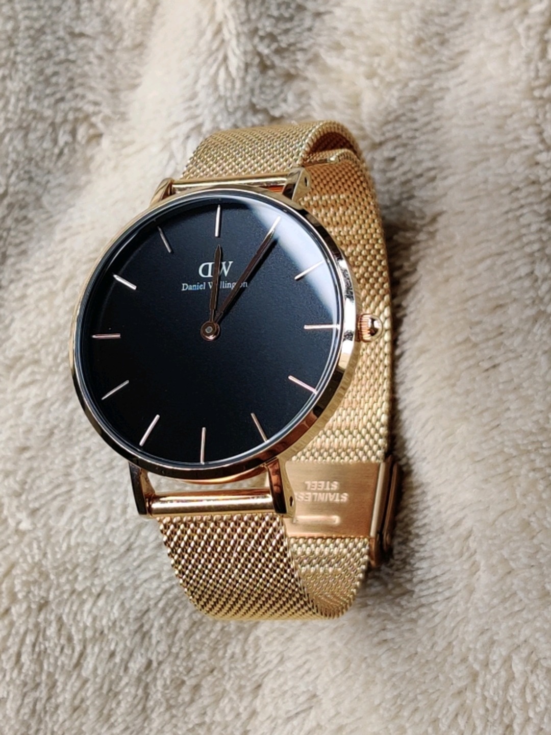 Women's watches - DANIEL WELLINGTON photo 1