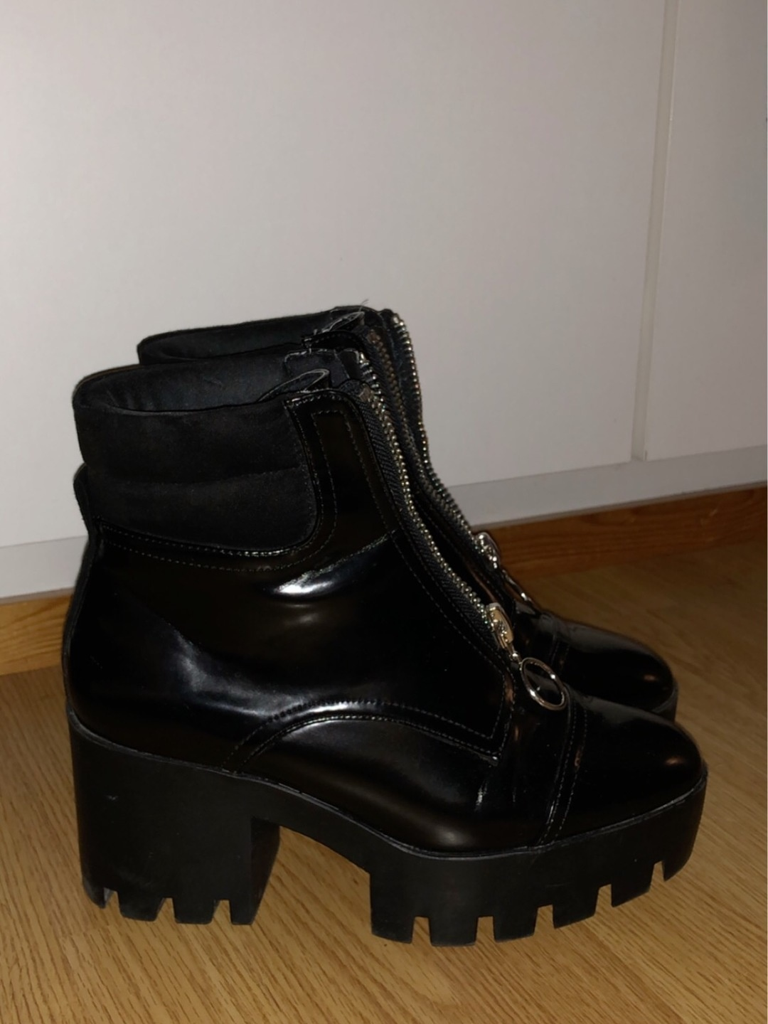 Women's boots - RIVER ISLAND photo 1