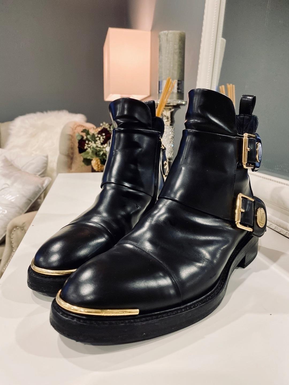 Women's boots - LOUIS VUITTON photo 2