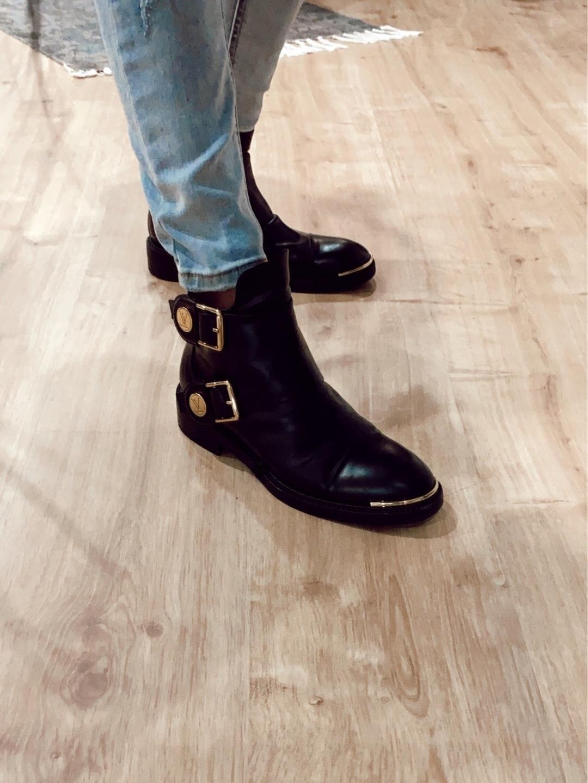 Women's boots - LOUIS VUITTON photo 4