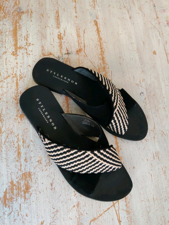 Women's sandals & slippers - STYLESNOB photo 3