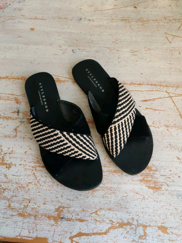 Women's sandals & slippers - STYLESNOB photo 1