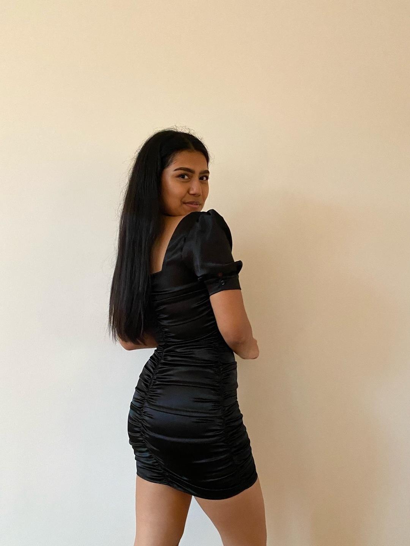 Women's dresses - HONEY PUNCH photo 3
