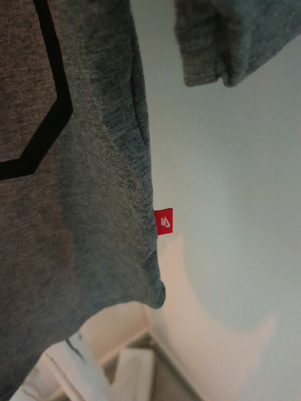 Women's blouses & shirts - NIKE photo 3