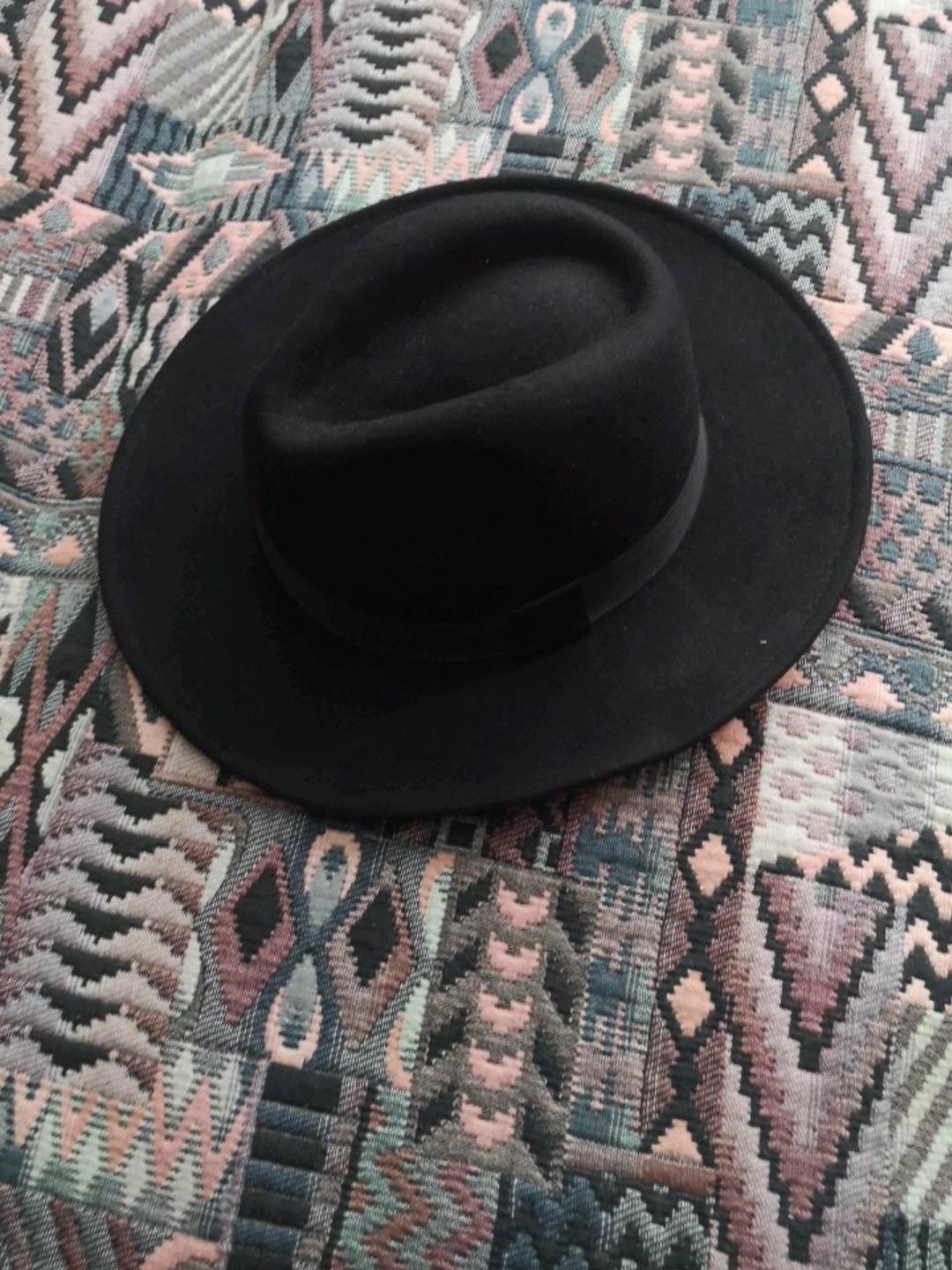 Women's hats & caps - DIVIDED BY H&M photo 1