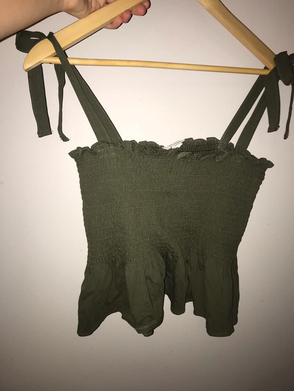 Damen tops & t-shirts - H&M photo 1