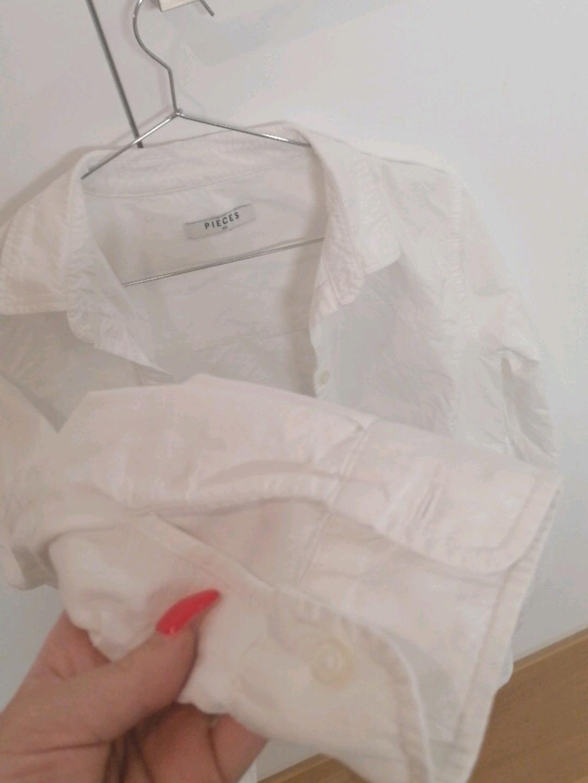 Women's blouses & shirts - PIECES® photo 3