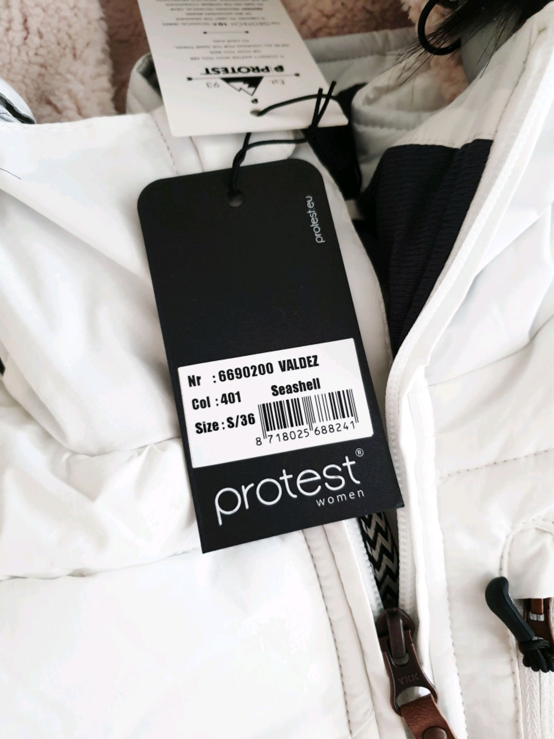 Women's coats & jackets - PROTEST photo 4