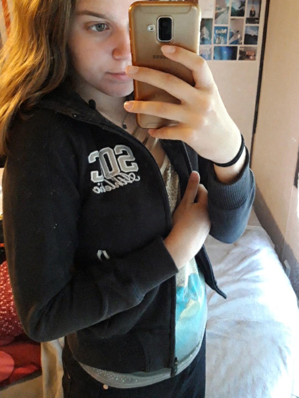 Women's hoodies & sweatshirts - SOC photo 1